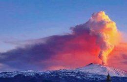 Eruzione Etna 24/12/2018 immagine dal Web
