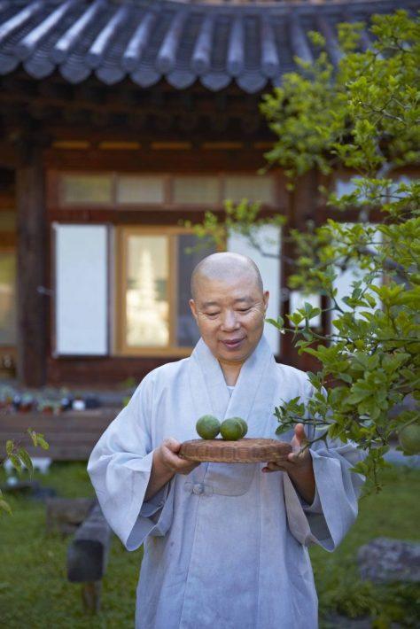 K-Temple_Ven.Jeongkwan_Cultural-Corps-of-Korean-Buddhism_1-683x1024